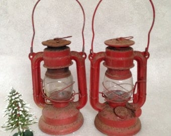 """Small Sun Brand Made in Japan #3500 Pair of Red and Rusty 7 1/2"""" Lanterns"""
