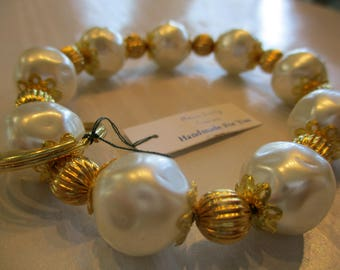 Handmade For You Hands-Free Bracelet KeyChain Keyring Cream Pearl and Gold Fluted Beads Stretch Cord Fits Many Sizes Unique K269