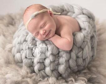 Knit Wool Basket Newborn Baby  Posing Photography Prop