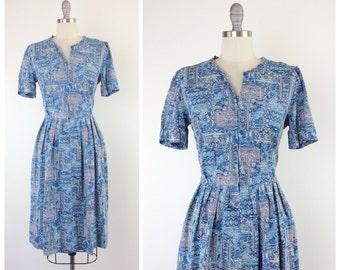 60s Blue Rayon Print Dress / 1960s Vintage Shelton Stroller Sun Summer Dress / Medium / Size 8