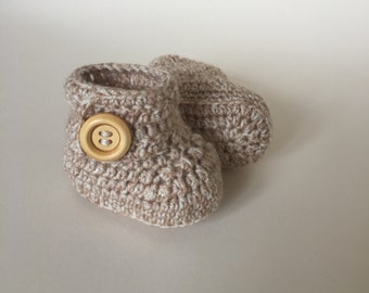 Beige baby booties, baby shoes, crochet baby shoes, crib shoes, baby, baby footwear, booties, baby slippers, crochet