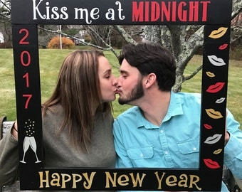 NEW YEAR Photo Booth - Happy New Year Photobooth - New Year 2017 Photobooth - New Year's Photo - Photo Booth Frame Prop -  Wood Frame Prop