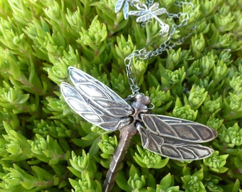 Art Deco Dragonfly Necklace features a wonderous Bob Burkett-designed natural critter! Dragonflies, and more dragonflies - it's Spring!
