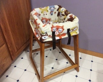 Restaurant Highchair seat cover, Forest Animals with Glasses.