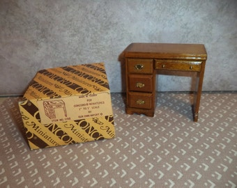 1:12 scale Dollhouse miniature Vintage CONCORD Desk