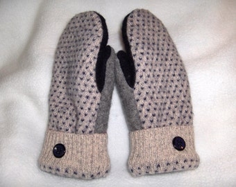 Ladies Upcycled Wool Mittens Oatmeal, Charcoal & Navy pattern