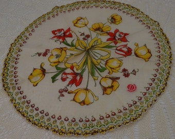 Tulips in the Round Scalloped Edge Cambridge Original Hankie