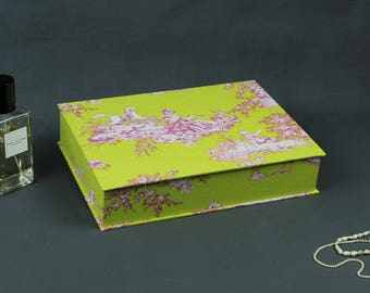 Box wedding, jewelry box, cosmetics box, box with fabric covered boxes for postcards, lemmon greenbox, toile de Jouy