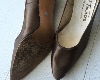 50's satun chocolate kitten heel shoes