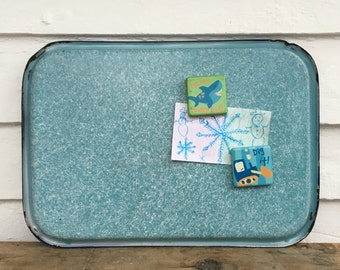 blue graniteware tray ~ porcelain top tray ~ mottled blue enamelware tray ~ porcelain refrigerator tray ~ magnet board ~ farmhouse antique