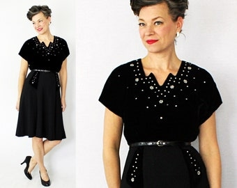 40s Velvet Dress / Studded Dress / 1940s Dress / 40s Dress / Cocktail Dress / Little Black Dress / 1940s Velvet Dress / Elegant Dress / W 30