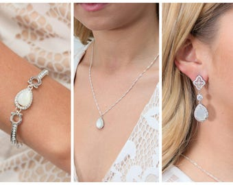 Wedding Jewelry Bridesmaid Gift Bridesmaid Jewelry Bridal Jewelry tear Drop necklace Cubic Zirconia dangle Earrings,bridesmaid gifts