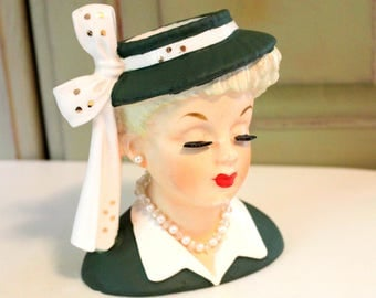 Vintage Napco Head Vase 1956 Lucille Ball Lucy Collectible Green Hat and Ribbon Pearl Jewelry Lady Flower Vase Vintage Vanity Dresser Holder