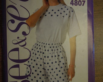 See and Sew 4807, Butterick, UNCUT sewing pattern, craft supplies, sizes xs-xlarge, misses, petite, top and shorts