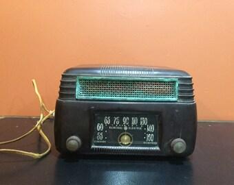Vintage GE model 202 Radio (1946/47)