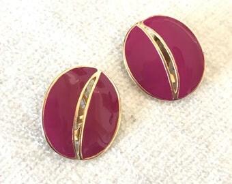 Vintage fuchsia clip on earrings