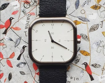 Watch modern numbered with small numbers watches unisex wearability minimal design squared watch metal match gift idea for men and women