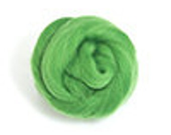 Corriedale Wool Roving (Sliver) in Grass Green - 2 oz
