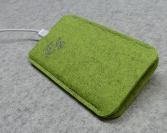 APPLE with embroitery, felt case for iPhone 6, iPhone 6 S wool sleeve, iphone 6 Plus, felt bag, pure wool felt, thick felt bag, 3 mm