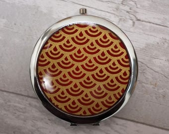 Compact Pocket Mirror Gold Red Wave Chiyogami Japanese Favour Favor Unique Gift