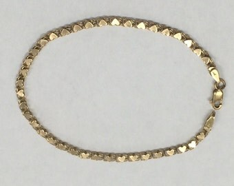 VINTAGE 10K Yellow Gold Heart Bracelet 2.7 Grams!