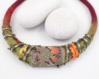 Necklace-Choker-Felted collar-ribbon-orange-gold-kaki
