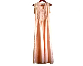 DIOR / vintage night suit / night dress / Nightgown / pale pink / S