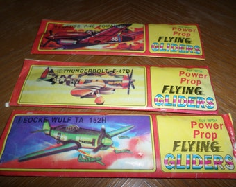 Lot of 3 Mint in Package Power Pro Flying Gliders