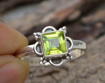 Natural Peridot Gemstone Ring - 925 Sterling Silver Ring -Designer Peridot Ring- Square Cut Peridot Ring- August Birthstone Ring- Love Gift