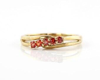 Vintage Garnet Ring, 9K Gold Ring, Red Garnet Ring, 9ct Yellow Gold Ring, Vintage Ring