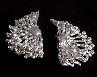 Silver vintage metal earrings