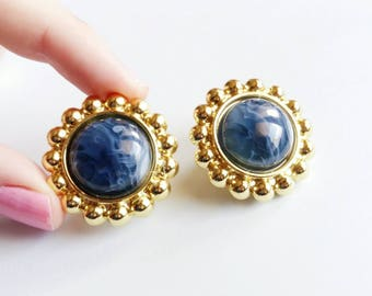 Vintage Earring clip on, Circle gold and bleu white marbled center 80's