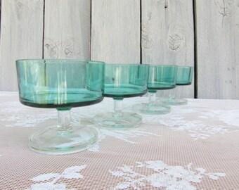 Green French Pedestal Parfait Cups, Emeraude Green Modern Dessert Glasses, Vintage Mod Glassware, Cylindrical Stemware, Footed custard glass