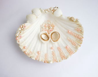 Seashell ring holder Wedding Ring Holder Sea shell Ring