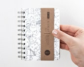 2017 Small A6 Weekly Planner high quality paper! Calendar Kalender Kalenteri Calendario Diary Day Journal Agenda - FUNNY FACES illustration