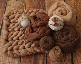 Bulky knit blanket, Coordinated prop set, Basket stuffers, Wool props, Organic props, Neutral props, Photography props, Newborn photo props