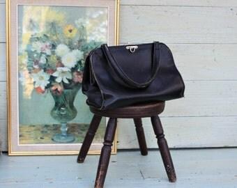 Black Leather Bag / Black Leather / vintage / leather bag / vintage bag / black / French handbag / doctors bag / made in France
