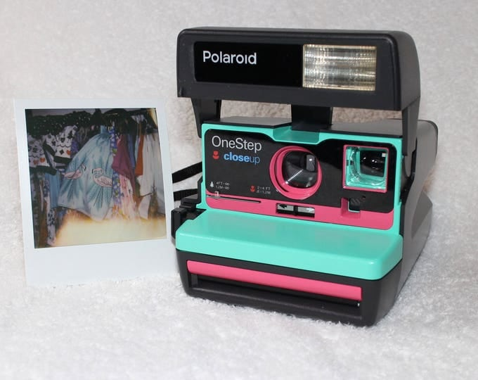 Upcycled Retro Green and Pink Polaroid 600 OneStep With Close Up And Flash Built-In - Ready To Use