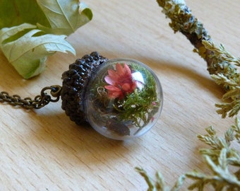 Fall Necklace.Real Dried Flowers.Moss.Daisy.Bronze/Silver Plated Over Brass.Nickel and Lead Free. Dainty Acorn. Miniature Garden.