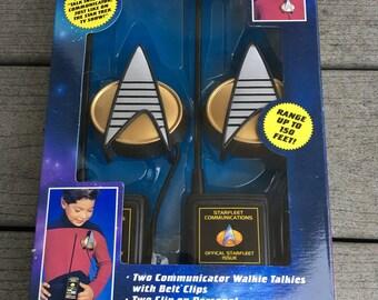 Vintage 1993 Playmates Star Trek TNG The Next Generation Walkie Talkies NIB Mint
