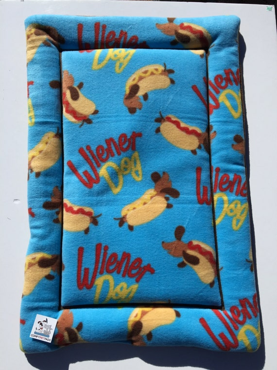 Doxie Dog Bed, Wiener Dog Fabric, Dachshund Bed, Large Crate Pad, Weenie Dog Bed, Crate Cover, Kennel Bed, Dachshund Fabric, Dachshund Gifts