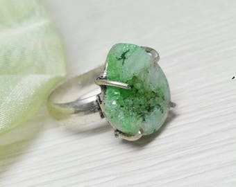 10 % OFF! SALE! Green Druzy stone 925 sterling silver Overlay Ring ,Beautiful Partywear ring, gemstone ring