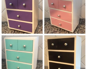 American Girl  Dresser with 4 drawers