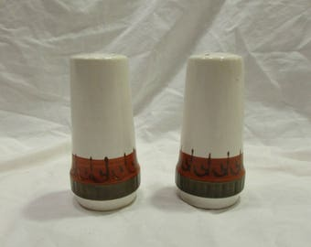 Salt & Pepper Set, Ceramic, White/Rust/Tan/Black, Hand Painted, Japan, 1960's or 1970's