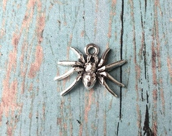 Spider charm silver plated pewter (1 piece) - spider pendant, insect charms, Halloween charms, silver spider, bug charm, creepy charm, BX16