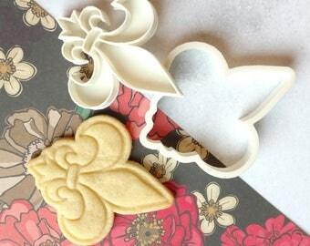 Fleur de Lis boy scout symbol cookie cutter