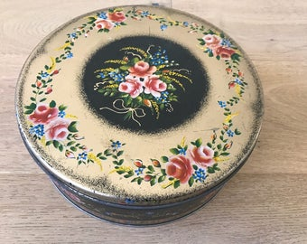 Amazing Vintage floral Black and Gold Tin Box