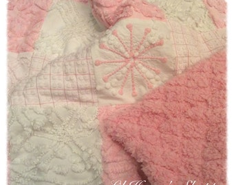 Chenille quilt, pink & white, baby blanket