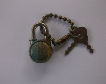Antique Vintage Mini Padlock with 2 Working Keys, Wear on a Chain, Lock a small box, Made in CT, Super Cool