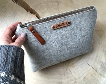 Cosmetics bag made of wool felt with your name!